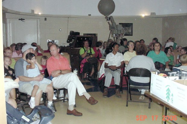Full house at Public Star Party September 17, 2005