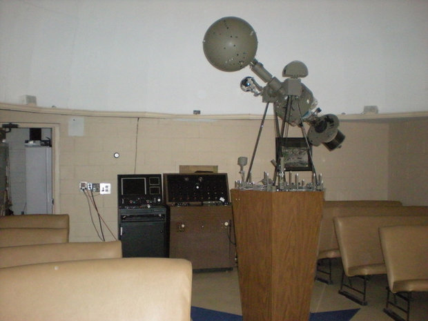 Spitz A3P planetarium projector and control console