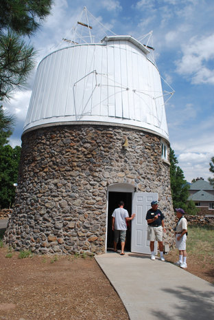 Observatory used to discover Pluto