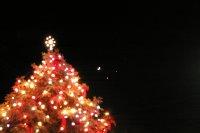 PICTURES DEC,1 2008. MOON VENUS JUPITER X-MAS TREE. PENTAX IST D CAMERA.